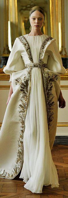 ddd0ad81d3e6d37e2a6883 alexander mcqueen dresses alexander mcqueen bridal