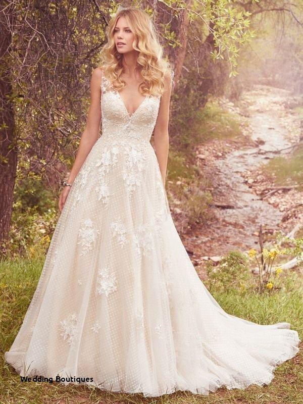 best 2018 wedding dresses unique wedding boutiques the 13 best etsy wedding dresses
