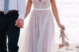 29 Unique Beach Vow Renewal Dresses
