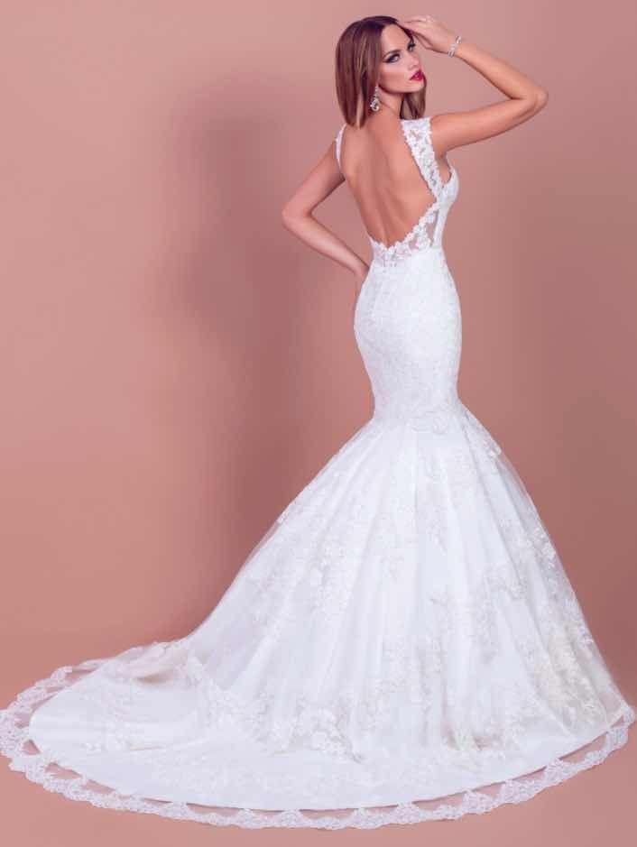 free wedding gowns beautiful wedding dress stores near me i pinimg 1200x 89 0d 05 890d
