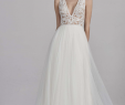 Best Dresses to Wear to A Wedding Unique the Best Wedding Dress Style for Short Girls