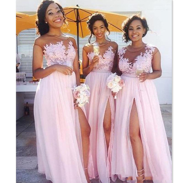 Best Online Bridesmaid Dresses Luxury Y Pink Chiffon Long Beach Country Bridesmaid Dresses Illusion top Floral Boat Neck formal Prom Dress Front Slit Maid Honor Gown Robes Navy Blue