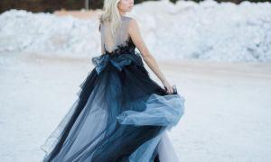 26 Elegant Black and Blue Wedding Dresses