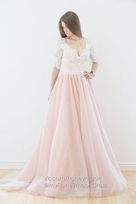 0d2fa a915cb0836d6a706a878cb blush wedding dresses blush weddings