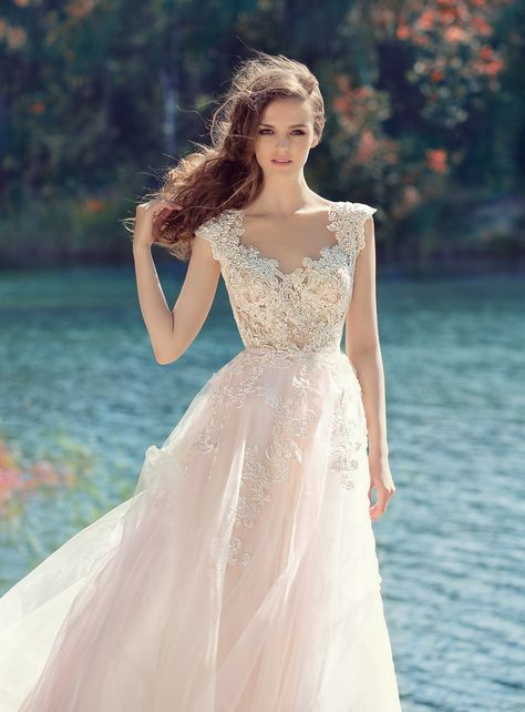 5b9b0d1d2001eb08cbc020b0de2839b4 v neck wedding dress boho wedding dress