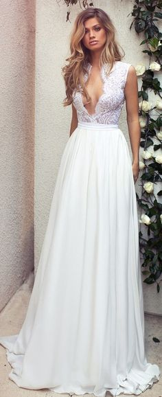 b334d2c8e ec08ba0fc79f524 flowy wedding dresses reception dresses