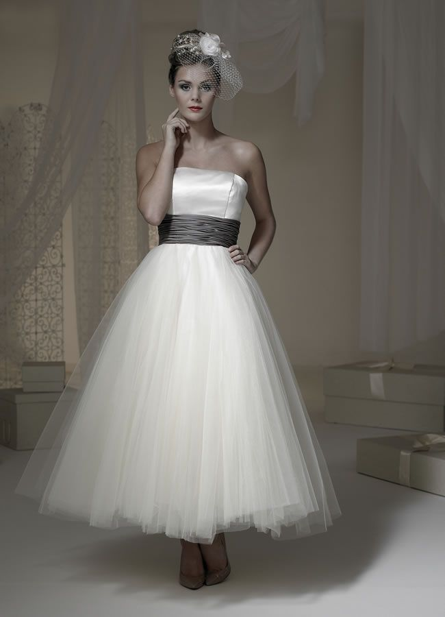 288c4ca67ccaef9b73f3f c68 tea length dresses tea length wedding dress