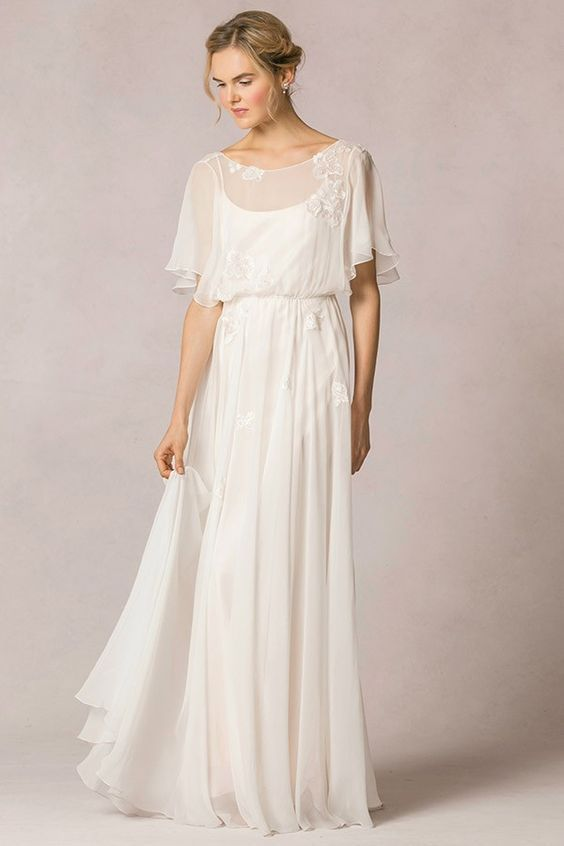 Casual Wedding Dresses for Spring Lovely Casual Flutter Sleeved Lace Decorated Silk Chiffon Vintage