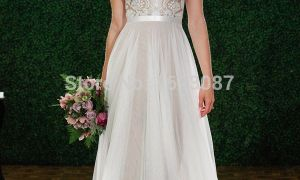 23 Lovely Casual White Wedding Dress