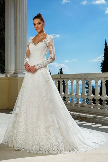 Classic Lace Wedding Dresses Beautiful Find Your Dream Wedding Dress