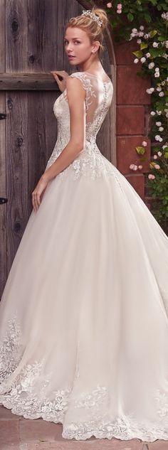 76ee00bd8bbbecaa f0c9b74d5e0 rebecca ingram bridal bryllupskjoler