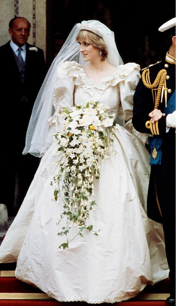 David Emanuel Wedding Dresses Unique Princess Diana Bouquet