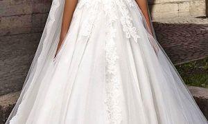 25 Unique Designer Long Sleeve Wedding Dresses