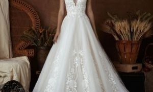 25 Luxury Dramatic Wedding Dresses