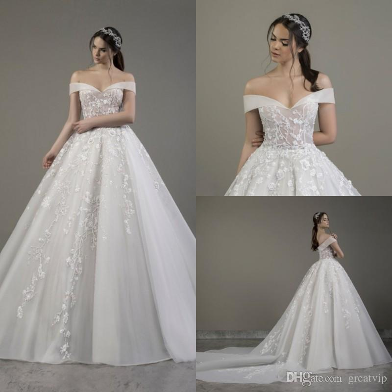 2020 lace appliqued ball gown wedding dress