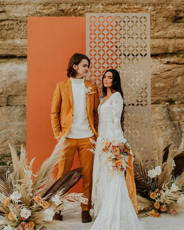 Elopement Wedding Dress Inspirational You Re My Golden Hour A 70s Inspired Elopement with Desert