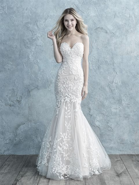 Fit and Flare Wedding Dress New Allure Bridals 9678 Champagne Ivory Size 22