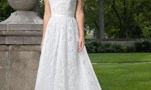 28 Fresh Flower Embroidered Wedding Dress