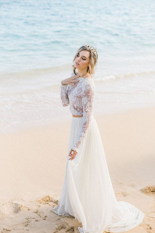 white and gold wedding gowns luxury rose gold wedding dress best oceane bridal crown od seashells and