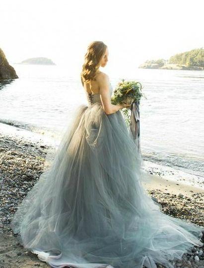 0d9ca c1d52a6a1b35d1f25dd8 ballgown wedding dress french knots