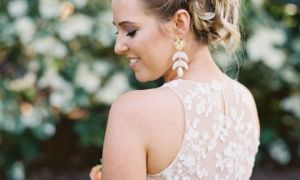 29 Awesome Hawaiian Style Wedding Dresses