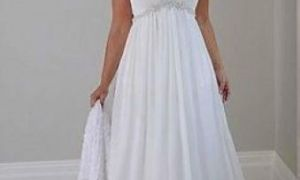 30 Beautiful Informal Plus Size Wedding Dresses