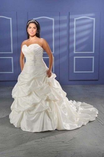 wedding dress styles for plus size awesome charming plus size strapless sweetheart taffeta beads working