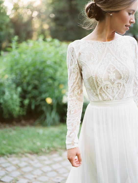 bell sleeve wedding dress lovely pin od pouac2bec2advateac2bea dailie anderson na nastenke wedding