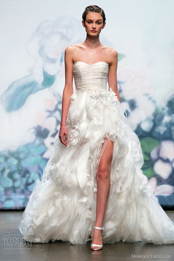 monique lhuillier wedding gowns fall 2012