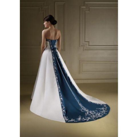 Nautical Wedding Dresses Inspirational Nautical themed Wedding Gown Nautical theme