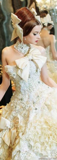 6cf04d9bde c f9607dd3d expensive wedding dress fantasy wedding