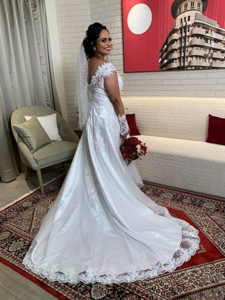 beautiful bride andheri east mumbai wedding gowns on hire 192xhi5r85
