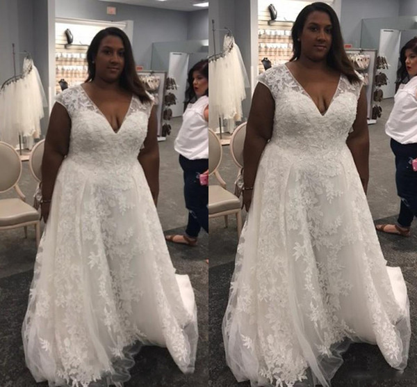 Plus Size Black Wedding Dresses Unique Black African Women Plus Size Wedding Dresses 2017 Wedding Gowns V Neck Sleeveless Lace Appliques Stunning Tulle Bridal Dress Sweep Train Flower
