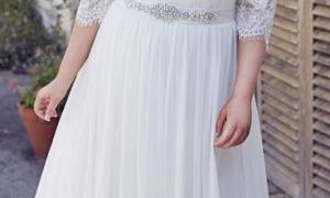 29 Lovely Plus Size Simple Wedding Dresses
