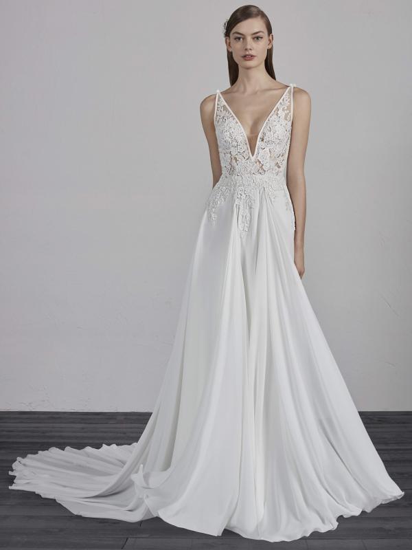 ESCALA PRONOVIAS 2019 OFF WHITE WEDDING DRESS LUV BRIDAL AUSTRALIA 600x800