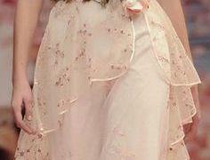 20 Luxury Sample Sale Wedding Dresses Online