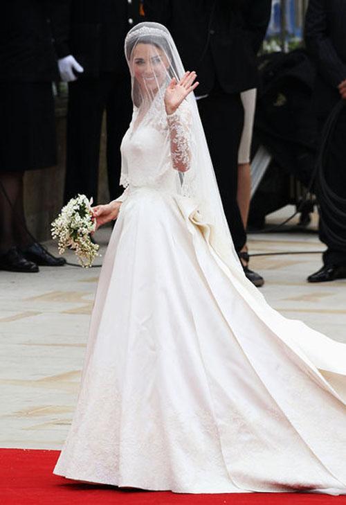 sarah burton alexander mcqueen wedding dress 4