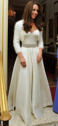 7116e59eefc04b29fd45adec3e wedding gowns wedding dressses