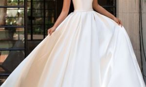 29 Inspirational Scoop Neck Wedding Dresses