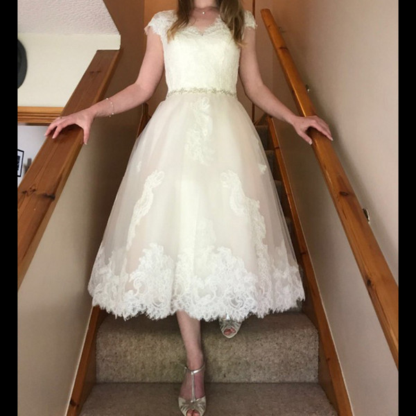 Short Chiffon Wedding Dresses Lovely Discount 2018 Bohemian Tea Length Wedding Dresses Beads Sheer Short Sleeves V Neck A Line Vintage Lace Country Modest buttons Boho Bridal Gowns Cheap