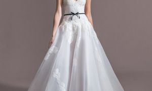 24 Elegant Silk organza Wedding Dress