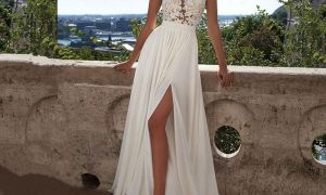 21 Awesome Simple Wedding Dresses for Beach Wedding