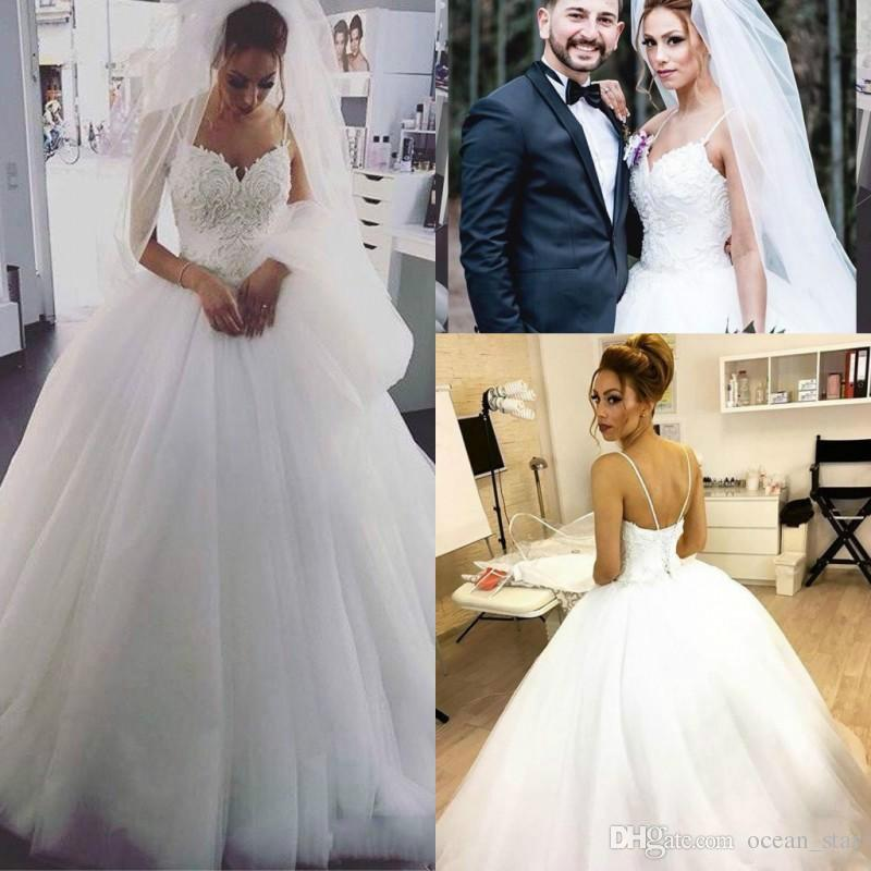 Sleeveless Wedding Dresses Elegant Stunning Lace White Sleeveless Wedding Dresses Corset Spaghetti Straps Bride Dress Country Vestido De Novia Bridal Gown Plus Size Arabic