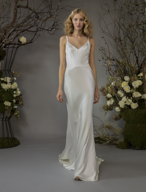 Slips for Wedding Dresses Awesome This is the Latest Bridal Dress Trend and We Love It
