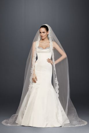 Steaming Wedding Dresses New Make A Dramatic Entrance In A Cathedral Veil with Sequined