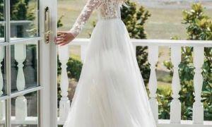 27 Elegant Valentines Wedding Dresses