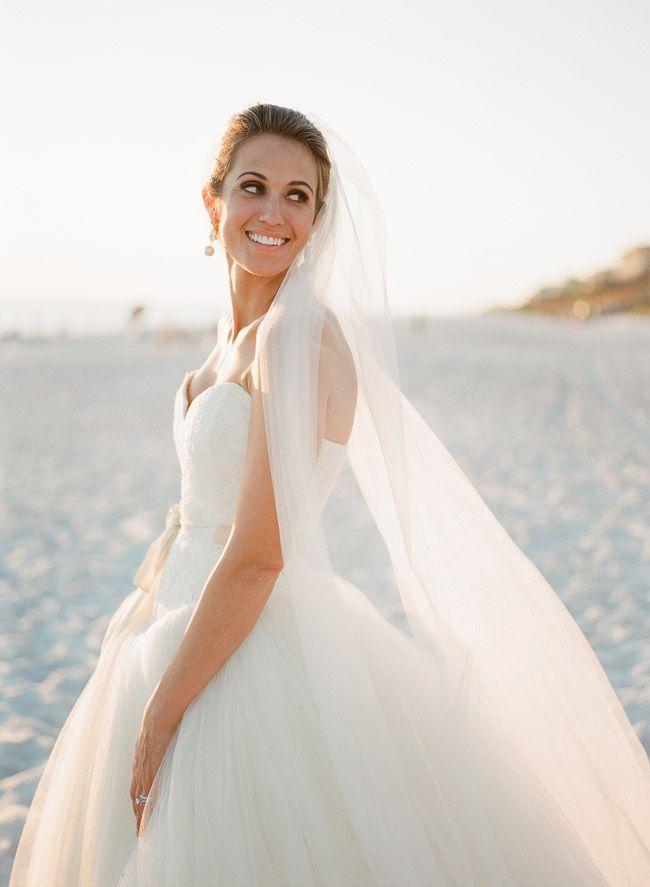vera wang wedding dresses2 12 km