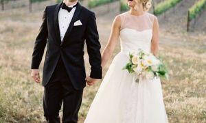 20 Unique Vineyard Wedding Dresses