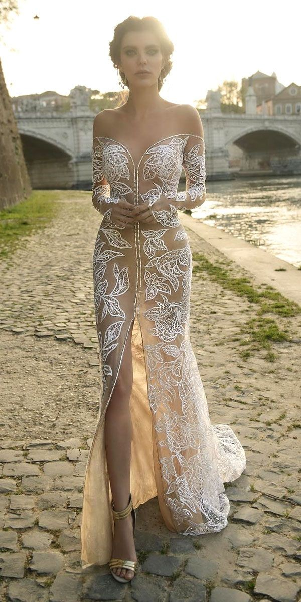 feather wedding dresses in vintage wedding dresses luxury pin od pouac285ac2bevateac284ac2bea oni jul mez