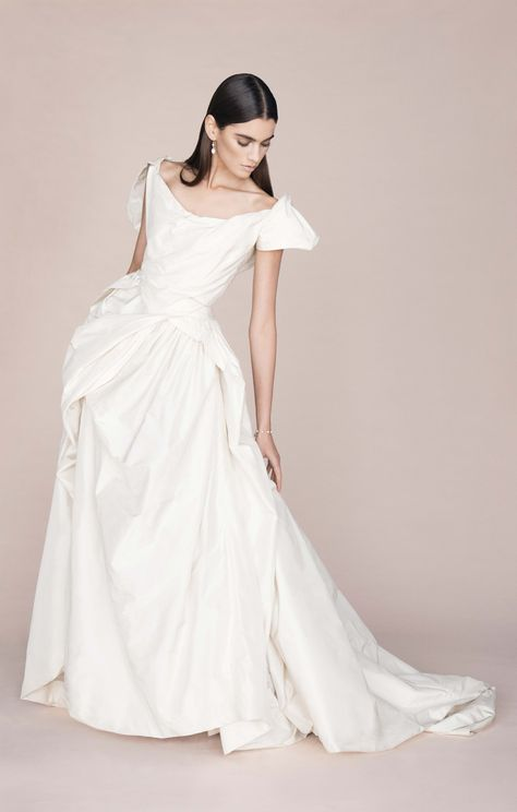 e0290dbb638ff83c5011bf159c0d1b9b couture wedding dresses wedding gowns